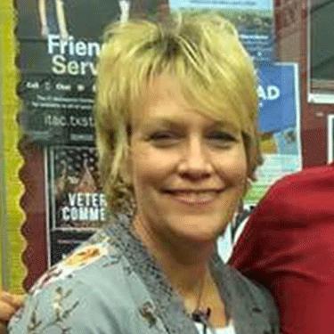 Carolyn Holubec